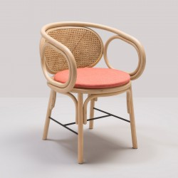 Design rattan CONTOUR table armchair with Gabriel Fabrics Capture Pink cushion