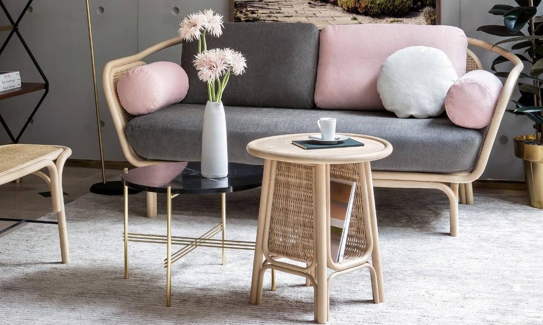 BÔA rattan sofa with the calm fabric version